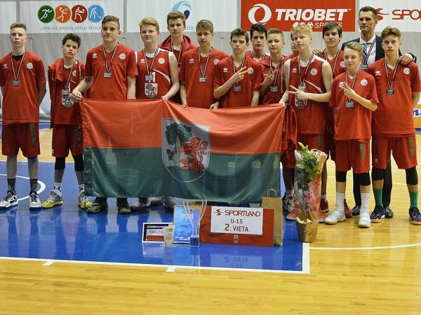Liepājas Sporta spēļu skolas basketbolistiem veiksmīgs VEF LJBL LR čempionāts  U15 (2002.) puiši finālā sudrabs un U12 meitenes (2005.) bronza