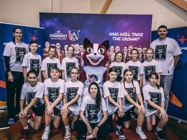 LSSS jaunā basketboliste piedalās starptautiska projekta nometnē