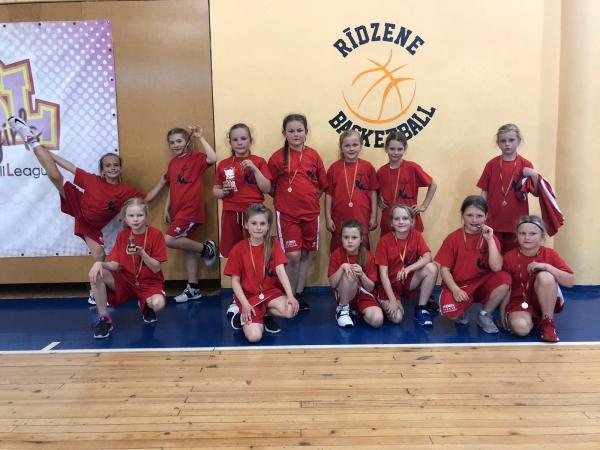Jaunajām basketbolistēm pirmais izbraukuma turnīrs